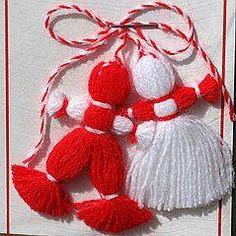 Western-Style Valentine's Day Is Catching On in Poland Bulgarian Martenitsa Dolls known as Pizho and Penda Xmas Crafts, Yarn Crafts, Sewing Crafts, Diy And Crafts, Crafts For Kids, Arts And Crafts, Tree Collar Christmas, Baba Marta, Yarn Dolls