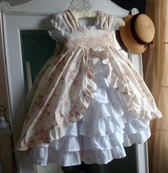Even cuter ruffles. I have this pattern. Guess I need to get busy!