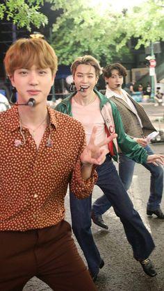 Bts Jungkook, Bts Jin, Bts Group Picture, Bts Group Photos, Foto Bts, Beatles, Bts Beautiful, V Bts Wallpaper, Bts Playlist