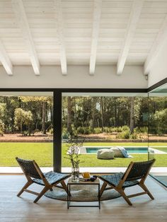 Oxygen House in Costa Brava Susanna Cots Interior Design 2 Exposed Rafters, Global Home, Hallway Designs, Rural Retreats, Traditional Exterior, Spanish House, Outdoor Furniture Sets, Outdoor Decor, Flooring Options