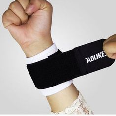 Carprie Compression Band Support Strap Wraps Sports Safety Wristband Gym Fitness Sports Designer Wrist Basketball #30 Accessories