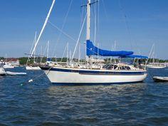 Corbin 39 Liveaboard Boats For Sale, Liveaboard Sailboat, Used Sailboats For Sale, Small Sailboats, Cruiser Boat, Sailboat Living, Boat Insurance, Yacht For Sale, Sailing Yachts For Sale