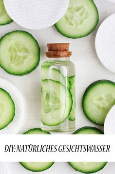 DIY: Natürliches Gesichtswasser Natural facial tonic are real beauty all-rounders thanks to their many positive qualities and the best thing is: you can easily make them yourself. The post DIY: natural tonic appeared first on Lori Fairman. Natural Toner, Natural Facial, Natural Skin Care, Natural Hair, Natural Beauty, Beauty Care, Diy Beauty, Beauty Hacks, Beauty Skin