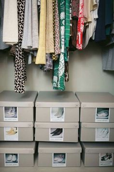 Gone are the days of mismatched shoes. Our TJENA box with a photo on the outside means you remember all of your shoe-drobe AND your favourite pair stays a pair!