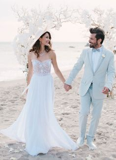 Dünden Bugüne Beren Saat Gelinlikleri   elitstil - Beren Saat Bridal Gowns