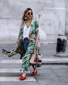 "7,119 Me gusta, 231 comentarios - A Y L I N   K Ö N I G (@aylin_koenig) en Instagram: ""m i l a n - first day ❤️ http://liketk.it/2quXV @liketoknow.it #liketkit #mfw #milan #fashionweek…"""