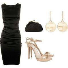 Que zapatos le combinan a un vestido negro