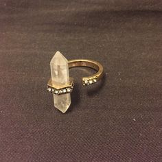 crystal ring ajustable special design im a size 6 it fits me well and can be adjusted Jewelry Rings