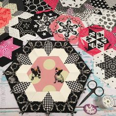 Smitten Patchwork by Angie Wilson of www.gnomeangel.com