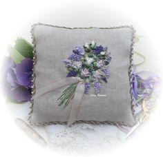 Petites Fleurs – Full kit | Lorna Bateman Embroidery | Designer Embroidery Kits