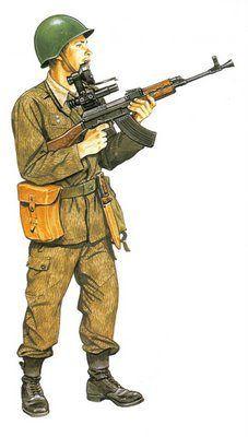 Soldado checoslovaco infantería motorizada  uniforme de verano Ww2 Uniforms, Military Uniforms, Army Uniform, Red Army, Modern Warfare, Military Art, Cold War, World War Ii, Wwii
