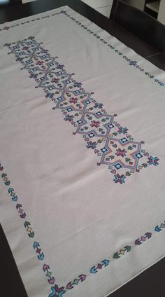Hand embroidered table runner cross-stitch table by RugsNBags Cross Stitch Geometric, Cross Stitch Borders, Cross Stitch Charts, Cross Stitching, Cross Stitch Patterns, Hand Embroidery Design Patterns, Embroidery Works, Crewel Embroidery, Cross Stitch Embroidery