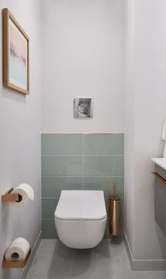 Radisson Blue Frankfurt: Villeroy & Boch has equipped a suite # designweek . - Radisson Blue Frankfurt: Villeroy & Boch has equipped a suite # designweek - Bathroom Furniture, Interior, Small Toilet Room, Rustic Furniture Design, Contemporary Living Room Furniture, Bathroom Interior, Toilet, Toilet Design, Tiny Bathroom