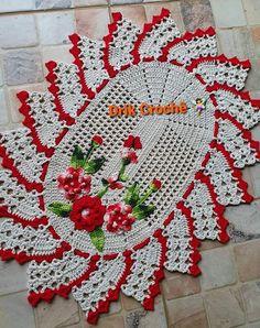 Crochet Books, Crochet Doilies, Christmas Decorations, Christmas Tree, Holiday Decor, Knitting Patterns, Crochet Patterns, Crochet Coaster Pattern, Coasters