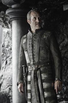 Fun Game of Thrones Question Edmure Tully Stannis Baratheon. Game Of Thrones Books, Game Of Thrones Facts, Got Game Of Thrones, Game Of Thrones Costumes, Game Costumes, Valar Dohaeris, Valar Morghulis, Ramsey Bolton, Stephen Dillane