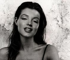 Marilyn Monroe as a natural brunette. @designerwsllace