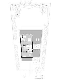 Image 18 of 24 from gallery of MC House / VismaraCorsi Arquitectos. Upper Floor Plan