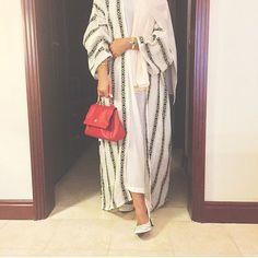 Arab Swag | Nuriyah O. Martinez | IG: Wow4Abayas Iranian Women Fashion, Islamic Fashion, Muslim Fashion, Modest Fashion Hijab, Abaya Fashion, Fashion Dresses, Abaya Designs Latest, Modern Abaya, Modele Hijab