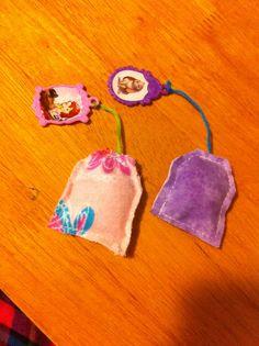 Handmade Tea Bags for Sadie's Sofia tea set. I used fabrics scraps and ...
