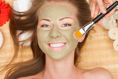 """Turn Back Time With This Youthful Green Tea Face Scrub Written by: Lindsay Sibson """"If I could turn back time… if I could find a Facial Benefits, Glowing Skin Diet, Green Tea Face, Matcha Benefits, Face Scrub Homemade, Natural Beauty Tips, How To Treat Acne, Face Serum, Facial Masks"""