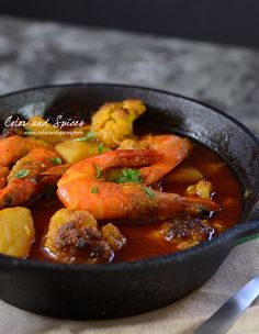 Color and Spices: Prawn curry with potato and cauliflower..