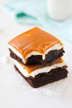 Fluffernutter Brownies combine all your favorites into one fantastic brownie. Chocolate, peanut butter, and marshmallows!