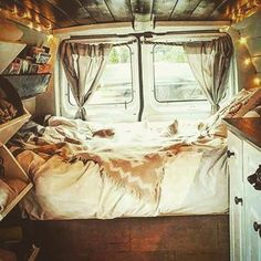 How fucking class does this look #Campervan #Dream #Travel #INeedToWinTheLottery