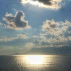 Morning light.  #Sardegna #sea #amazing #seaview #blue #beautiful #sardinia #nature #sardinien #today #morning #light #reflection #sun #clouds #cloudporn #backlight #autumn #mothernature #naturelovers #landscape #lanuovasardegna #sardegna2016