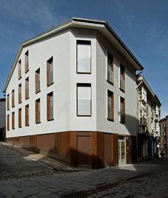 4 Habitações no Cantón de Santa María / Patxi Cortazar