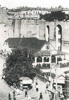 Сейчас на этом месте ЦУМ. Фото середины 1920-х годов.