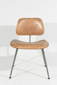 BLONDE EAMES LCM CHAIR