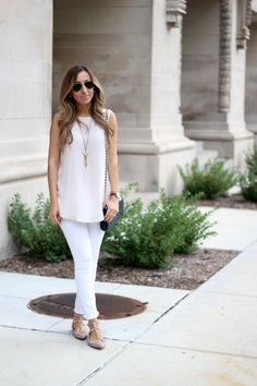 I need to remember how much I like mixing light shades! Love this outfit, and those pointed-toe studded flats.