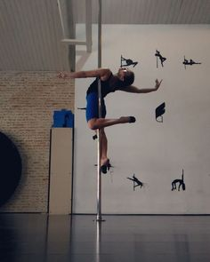 "139 Likes, 8 Comments - anna beatriz siqueira (@biapoledance) on Instagram: ""Come take my Pole 1 class of this week at @studiometropole """
