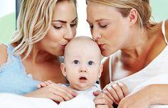 Studio OMS rivela: i figli con due mamme crescono bene, ma devono indossare doppi maglioni di lana