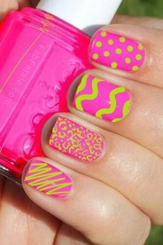Nail art good for short nails in late spring or summer.