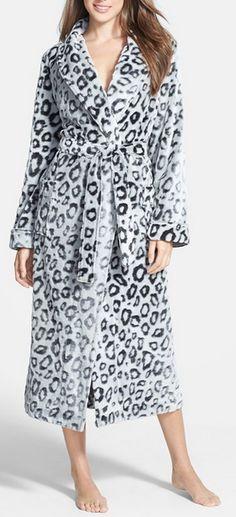 4a5b3a3453 Plush Leopard Pattern Robe. Leopard Fashion