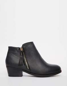 Image 2 of New Look Wide Fit Ankle Boot with Tassle Zip Detail
