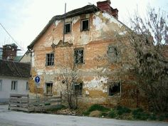 Many Serbs fled the area of Karlovac. This is an abandoned house in the town. Originally posted on flikr