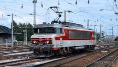 BB 15009 en manoeuvre en gare d'Amiens (80)