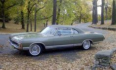 1971 Dodge Monaco 2-Door Hardtop, V8/Auto
