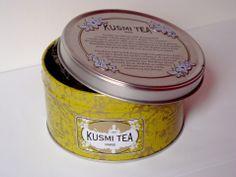 KUSMI TEA REVIEW : the # Amande green tea (more photos on the blog)