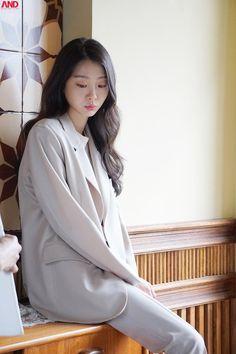 Korean Actresses, Korean Actors, Korean Celebrities, Celebs, Instyle Magazine, Cosmopolitan Magazine, Kim Woo Bin, Girls Generation, Celebrity Photos