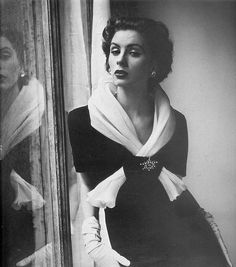Suzy Parker in Givenchy, 1952    Photographed by Henry Clarke.
