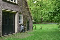 Vredehoeve in Doorn Utrecht, Houses, Interiors, Plants, Homes, Planters, Decorating, House, Home