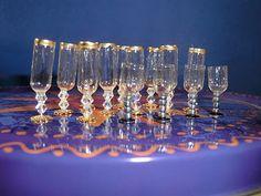 Thumbnails Yolanda: Wine-glasses DIY miniature ~ elegant glassware from base of beads & gel capsule