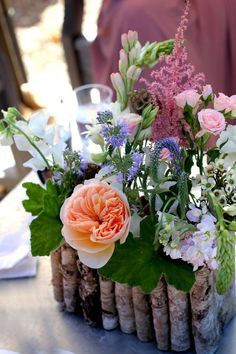 table decor. love the baskets, I know I can make these!