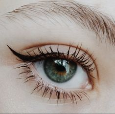 Image about photography in BEAUT Y by NOONAFTER ☼ Makeup Inspo, Makeup Inspiration, Makeup Tips, No Eyeliner Makeup, Skin Makeup, Pretty Eyes, Beautiful Eyes, Beauty Make-up, Hair Beauty