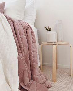 home & interiors - bedroom / decor Home Interior, Interior Design, Velvet Quilt, Linen Bedding, Contemporary, Modern, Furniture Design, Bedroom Decor, Design Inspiration