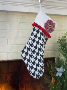 Houndstooth and Tassel Trim - Do-It-Yourself Christmas Stockings on HGTV