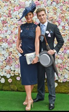 Kate Middleton and Prince William make first Royal Ascot appearance Kentucky Derby Outfit, Kentucky Derby Fashion, Derby Attire, Ascot Outfits, Ascot Dresses, Derby Outfits, Race Day Outfits, Races Outfit, Race Day Fashion